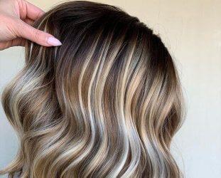 Μαλλιά: Τι είναι το «Root Play» και γιατί είναι το trend του 2021