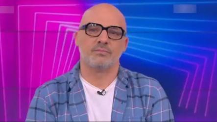 Νίκος Μουτσινάς εκπομπή