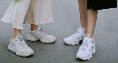 λευκά sneakers άνοιξη