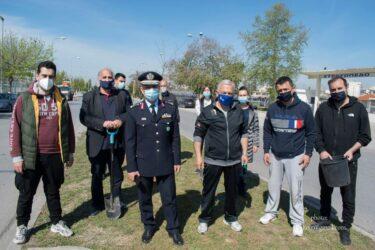 Ημέρα της Γης: Δενδροφύτευση από το δήμο Αμπελοκήπων Μενεμένης και αστυνομικούς της Θεσσαλονίκης