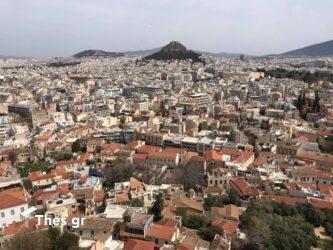 «Κυκλοφορώ στην Αθήνα και βλέπω το 90% να είναι αλλοδαποί και το 10% Έλληνες και θλίβομαι»