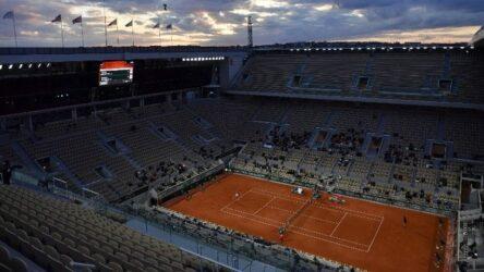 Τένις: Προς νέα αναβολή το Ρολάν Γκαρός στη Γαλλία