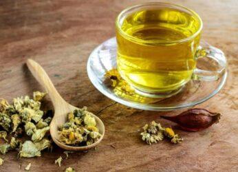 Γιατί πρέπει να βάλετε το τσάι από χρυσάνθεμα στη ζωή σας