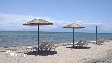 Χαλκιδική: Κατάλληλη ξανά για μπάνιο η παραλία Παπαδιά στη Χανιώτη