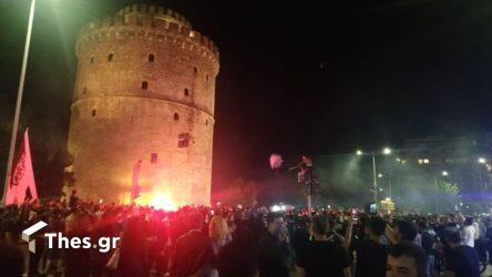 LIVE: Οι πανηγυρισμοί των φίλων του ΠΑΟΚ στην Θεσσαλονίκη