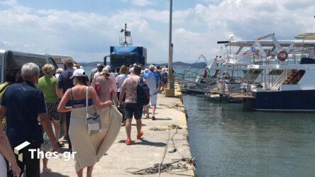 Χαλκιδική: Η κρουαζιέρα γύρω από το Αγιο Ορος προσελκύει τους τουρίστες (ΒΙΝΤΕΟ & ΦΩΤΟ)