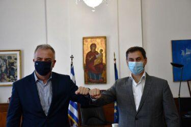 Καλαφάτης: Συνάντηση με τον υπουργό Τουρισμό, Χάρη Θεοχάρη
