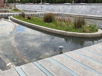Θεσσαλονίκη: Βουτιά πολίτη στον Κήπο του Νερού! (ΦΩΤΟ)