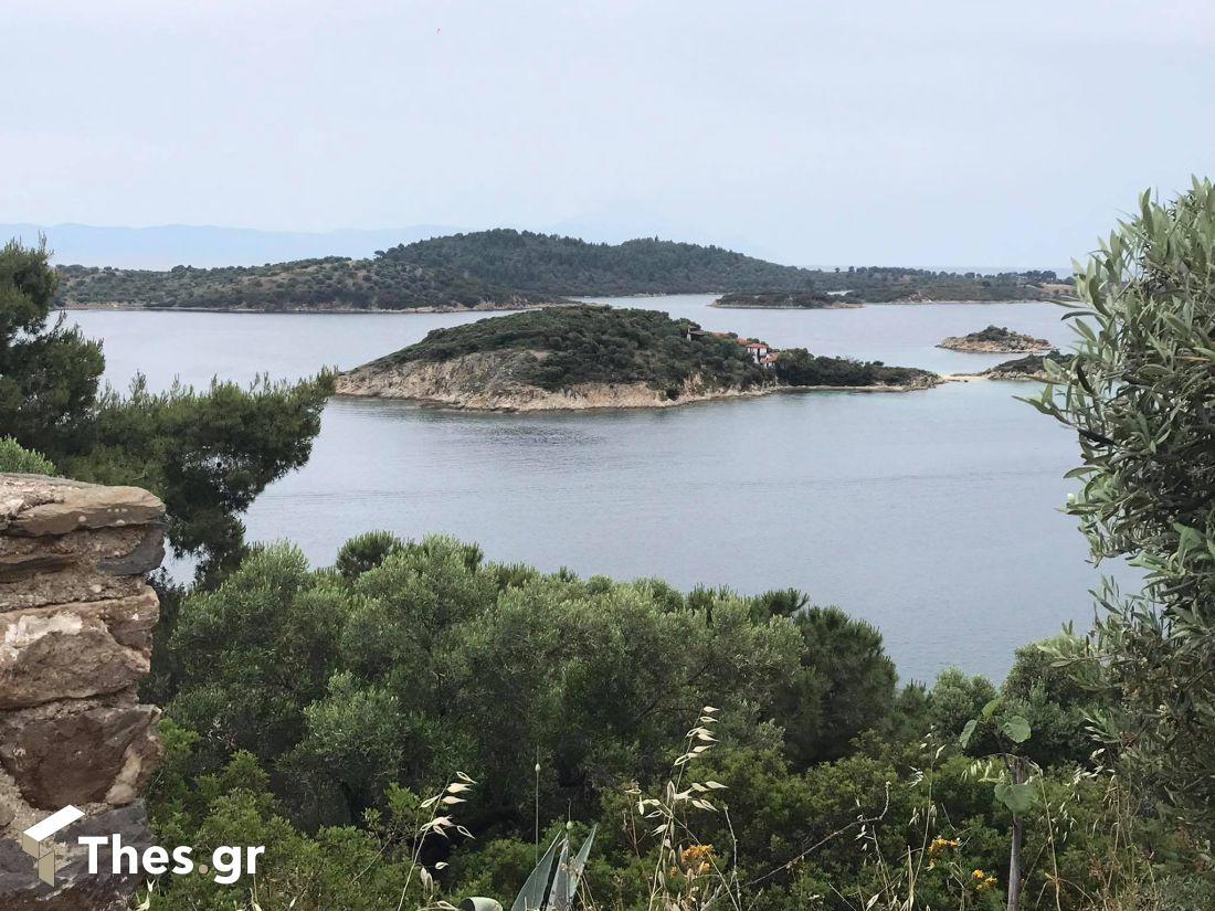 νησάκια Βουρβουρού Χαλκιδική