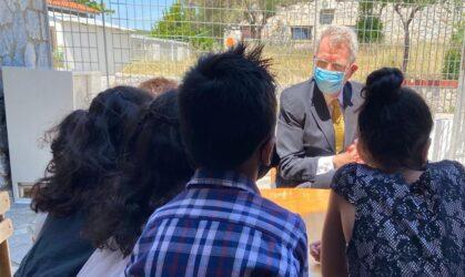 Θεσσαλονίκη: Στο «Σπίτι της ΑΡΣΙΣ» στο Ωραιόκαστρο ο Τζέφρι Πάιατ