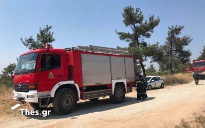 """Θεσσαλονίκη: Ξέσπασε φωτιά κοντά στο αεροδρόμιο """"Μακεδονία"""""""