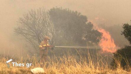 Φωτιά στη Βαρυμπόμπη: Τρεις αναζωπυρώσεις – Μήνυμα από το 112 για εκκενώσεις περιοχών
