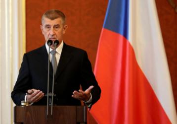 Τσεχία: Επιτέθηκαν με αυγά κατά του πρωθυπουργού, Αντρέι Μπάμπις (ΒΙΝΤΕΟ)