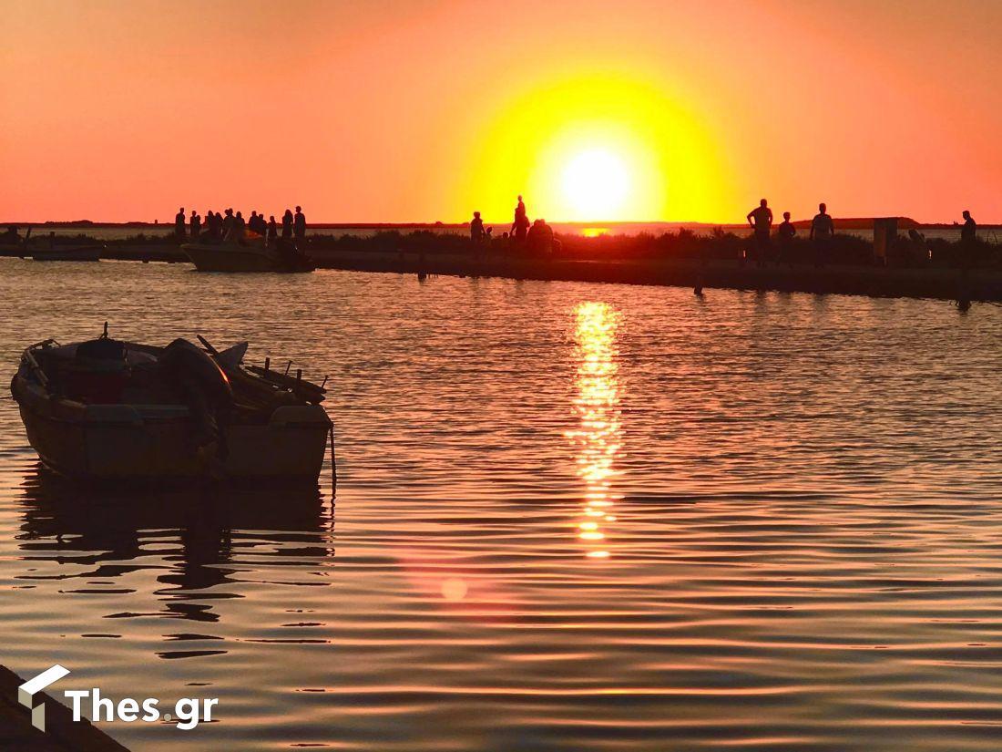 Λευκάδα πόλη νησί ηλιοβασίλεμα