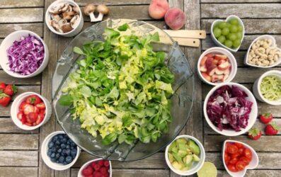 Συνδυασμοί τροφίμων για να αντέξουμε τις υψηλές θερμοκρασίες