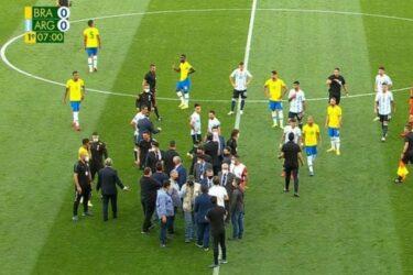 Απίστευτα πράγματα στο Βραζιλία-Αργεντινή – Διακόπηκε αγώνας για να συλλάβουν παίκτες (BINTEO)