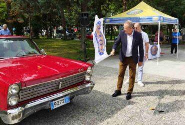 Κατερίνη: Οχήματα εποχής με χρώμα και αναμνήσεις υποδέχτηκε η πόλη (ΦΩΤΟ)
