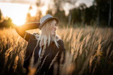 πέντε συνήθειες που θα σας κάνουν χαρούμενους