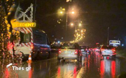 """Θεσσαλονίκη: Τροχαίο στον Περιφερειακό και κυκλοφοριακό """"έμφραγμα"""" (ΦΩΤΟ)"""