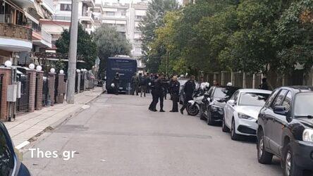 """Κεραμέως: """"Αποτρόπαιες σκηνές οι ναζιστικές συμπεριφορές στο ΕΠΑΛ Σταυρούπολης"""""""