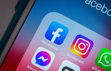 """""""Eπεσαν"""" Facebook και Instagram"""