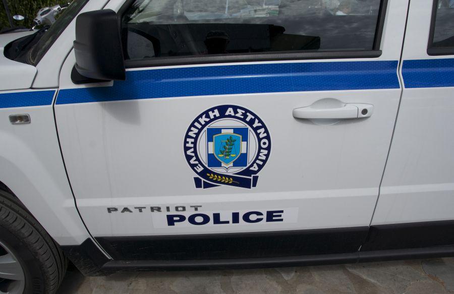 βιτριόλι ταβέρνα Κηφισιά Αστυνομία καταδίωξη, Θεσσαλονίκη, έβηξε Κορονοϊός σούπερ μάρκετ Νεάπολη αστυνομικός ληστεία