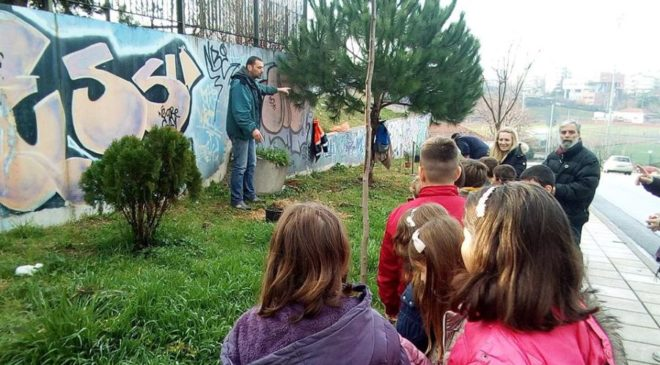 Ξεκίνησαν οι δενδροφυτεύσεις στο Δήμο Παύλου Μελά